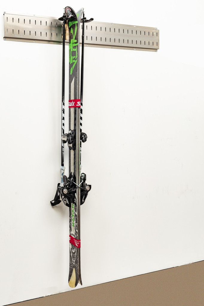 Ski Storage for Alpine / downhill skis.