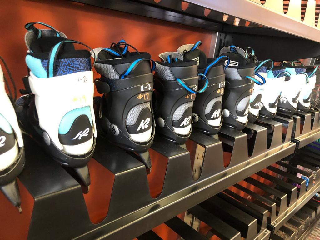 Hockey skate storage rack