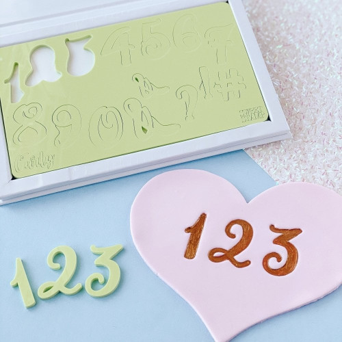Sweet stamp number embossing set. Curly.