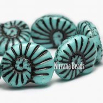 16x14mm Glass Shell Beads 1 Bead Turquoise Blue With Black Finish