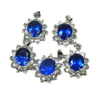 5 Oval Pendants 28x23mm Cobalt Blue with Clear Rhinestones