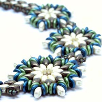 ROUND ABOUT FLOWER NECKLACE - Free Jewelry Making Project complements of Bead Smith(R) ROUND ABOUT FLOWER NECKLACE
