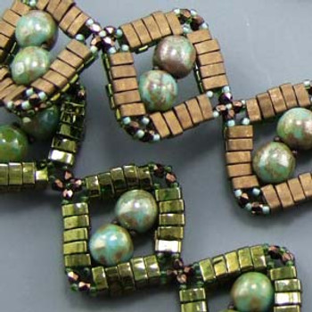 DIAMONDDOBBLE BRACELET- Free Jewelry Making Project complements of Bead Smith(R) DIAMONDDOBBLE BRACELET