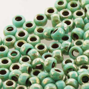 Matubo Czech Glass Seed Beads 8/0 3.1mm 7.5gr 1.2mm Hole Turq Green Picasso