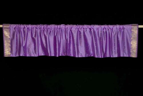 http://d3d71ba2asa5oz.cloudfront.net/73000942/images/lavender-sari-valance-saree-valance-top-it-off-valance-val_mis_lavendar.jpg