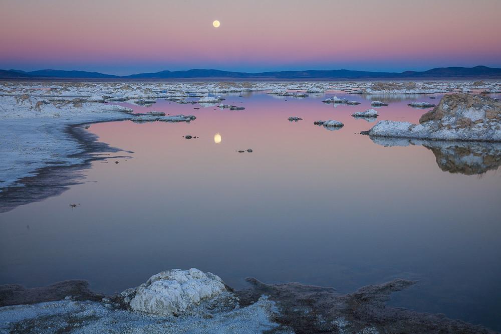 The Rising Moon at Mono Lake