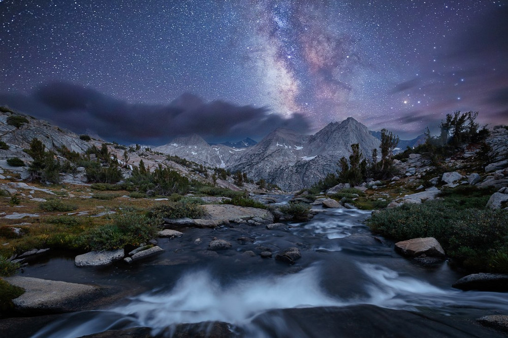 The Milky Way over the Evolution Peaks