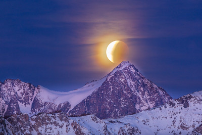 Dawn, Lunar Eclipse, Super Moon, Mount Ritter