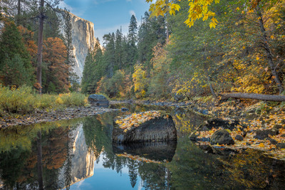 Yosemite Valley and El Capitan - An Autumn Morning