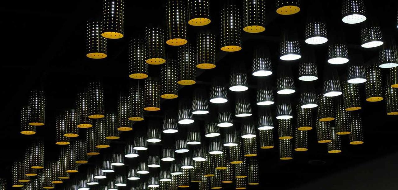 Traditional R80 Yellow Light Bulbs