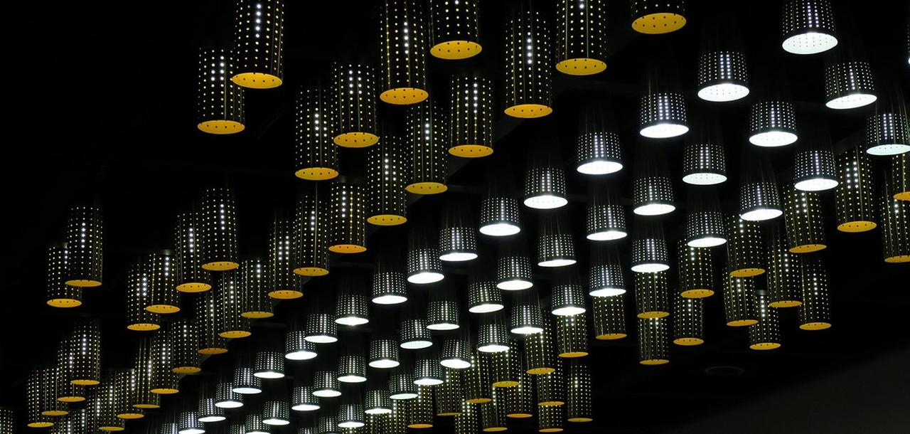 Incandescent R80 Amber Light Bulbs