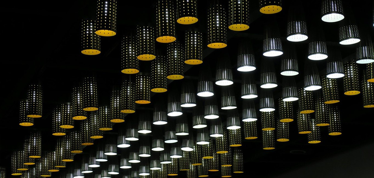 Incandescent R63 Yellow Light Bulbs