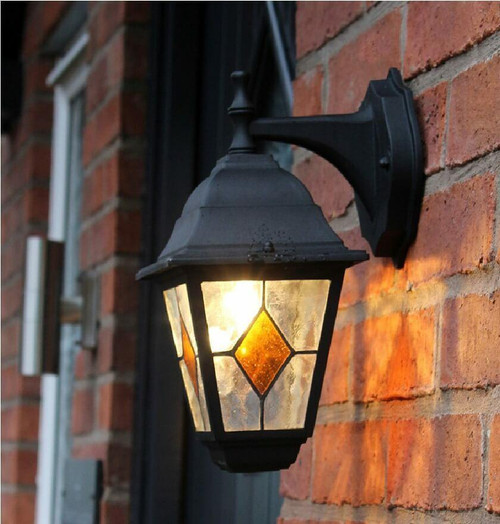 Dusk Til Dawn LED Wall Lantern E27 OUT12 Image 1