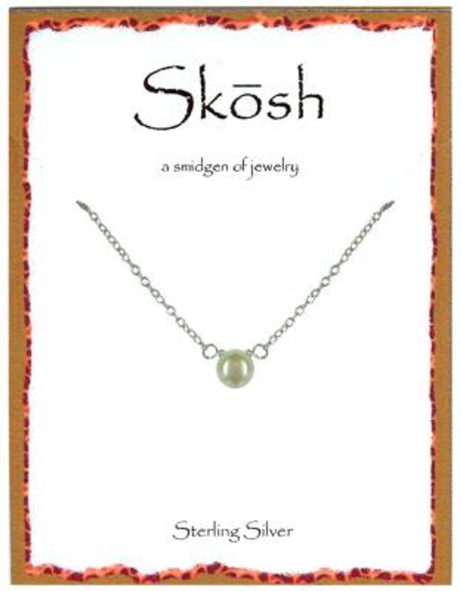 Skosh White Pearl Necklace