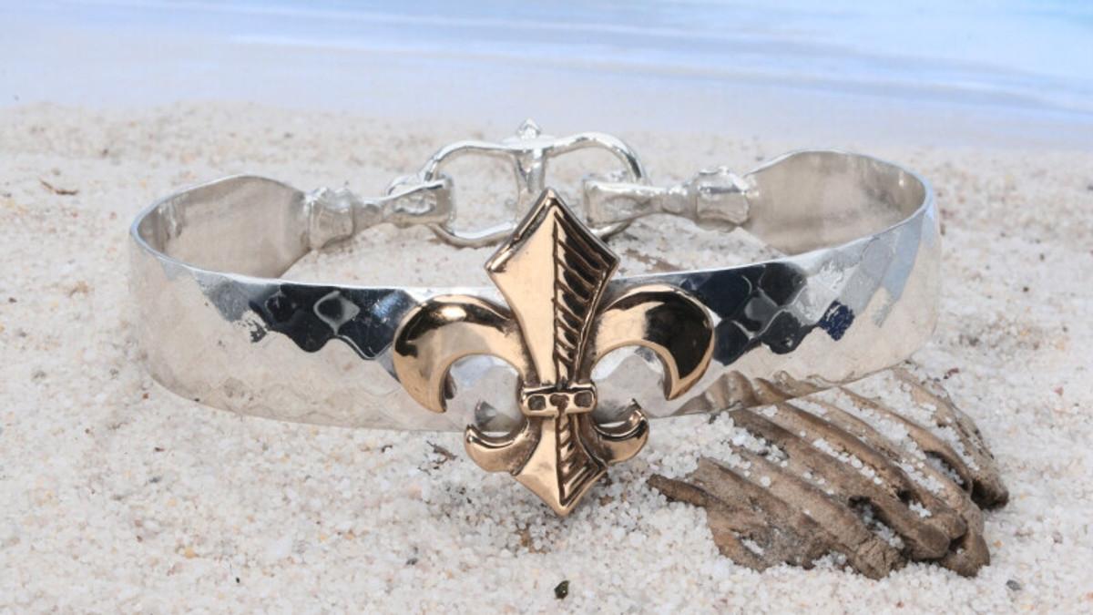 Earthgrace Radiant Fleur de Lis Bracelet