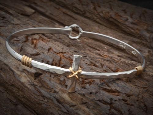 Demi Cross Bracelet
