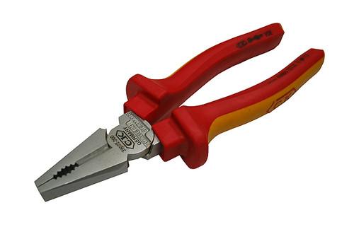 """C K Tools   PLIERS   VDE REDLINE LINEMAN COMBO 8""""   39072-8"""