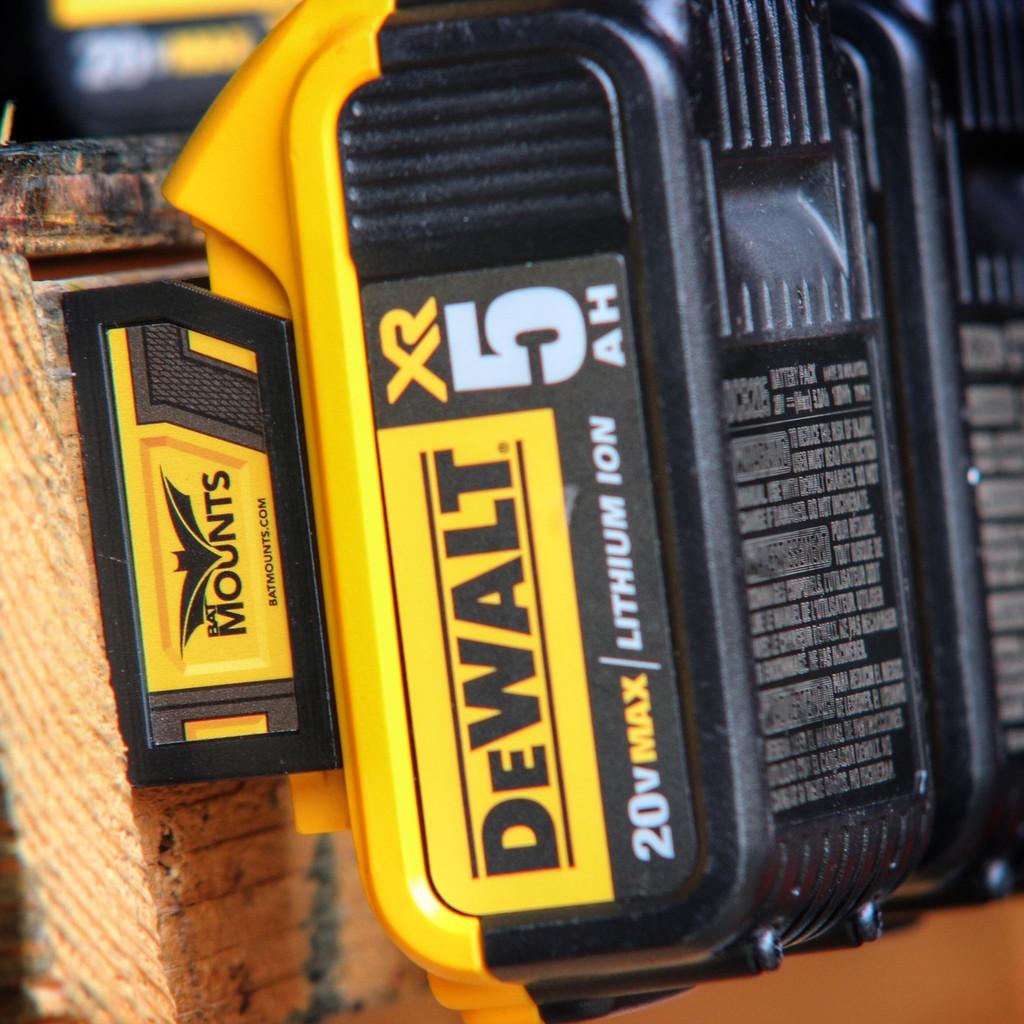 Bat Mounts Battery Mount Adapter Dock Holder for Dewalt 20v