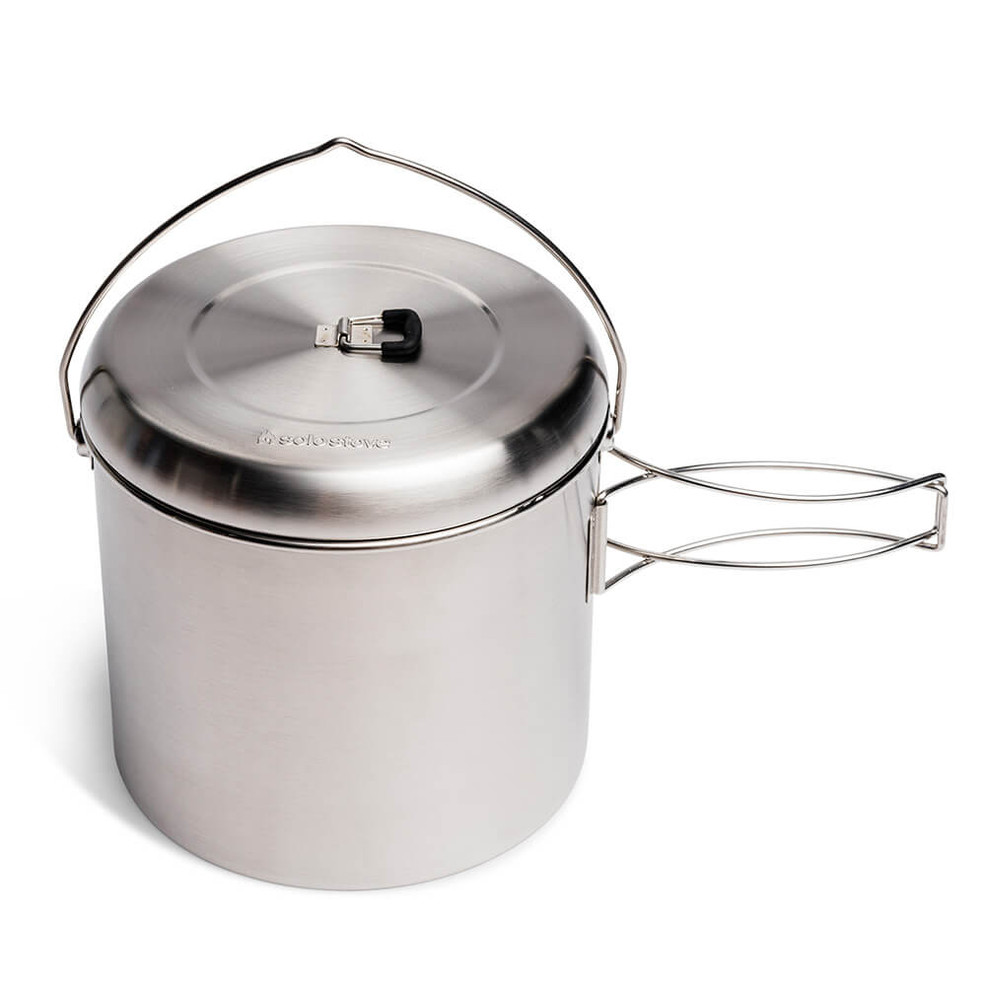 The largest pot offered by Solo Stove holds 4000 mL and allows the Solo Stove Campfire to be nested inside.