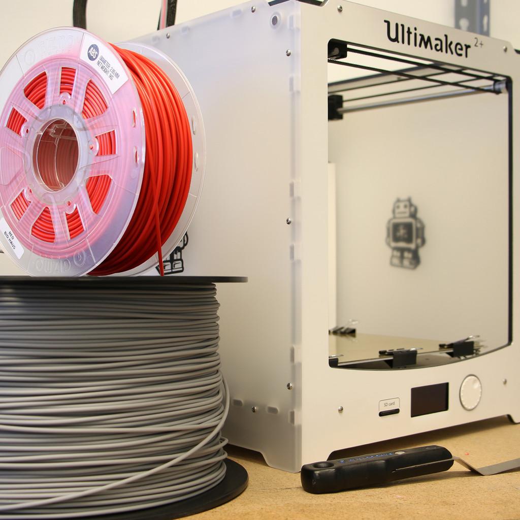3D Printing Nylon Filament with Printer