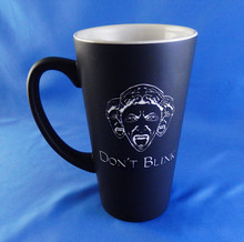 Engraved Doctor Who Weeping Angel 'Don't Blink' Funnel Mug