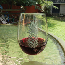Large Stemless Wine Glass with Silver Pineapple
