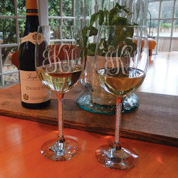 Personalized Clear Diamond Wine Goblets with White Wine