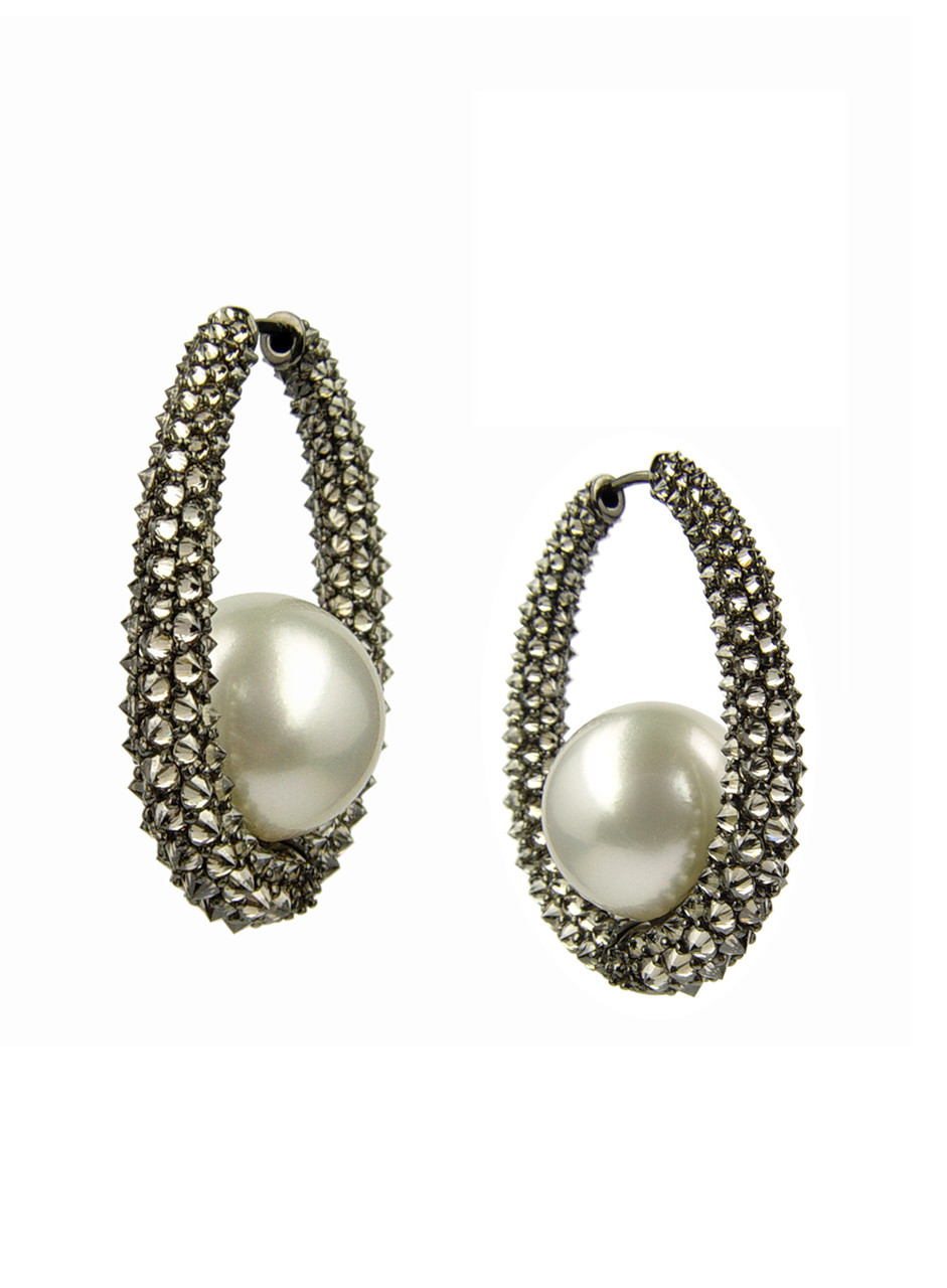 18K White South Sea Cultured Pearl And Diamond Aurora Eclipse Earrings