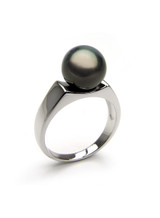 Contemporary Sterling Silver Tahitian Cultured Pearl Ring