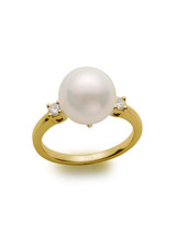 Traditional 14KYG South Sea Cultured Pearl And Diamond Ring