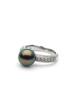 18K Tahitian And Akoya Keshi Cultured Pearl Ring