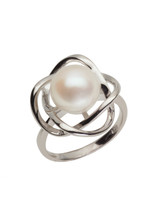 Sterling Silver Petal Shaped Ring with Freshwater Pearl