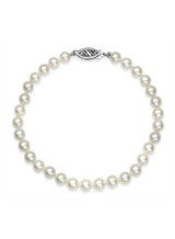 Natural White Color 5X5.5mm Akoya Cultured Pearl Bracelet
