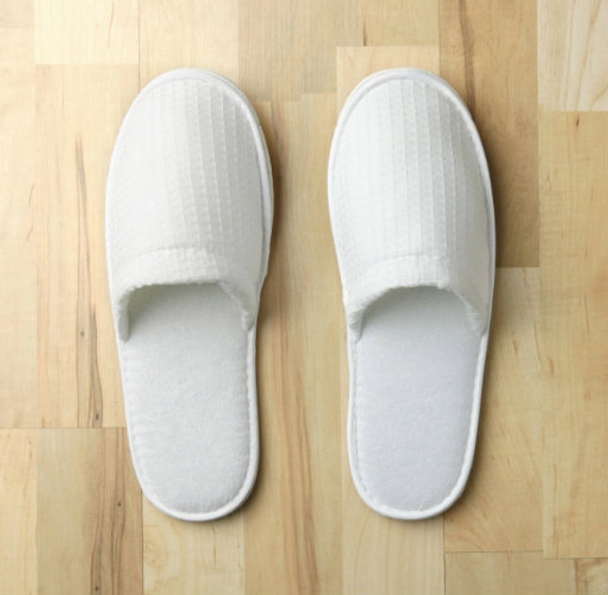 84a64df7aee Closed Toe Waffle Slippers - Hotelstoyou.com Wholesale Pricing Available