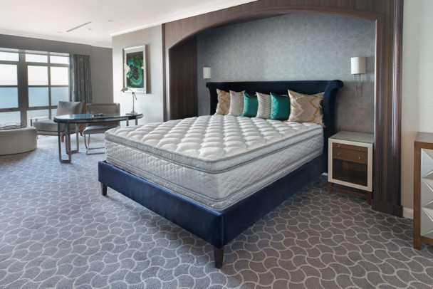 Suite Pillowtop Bed