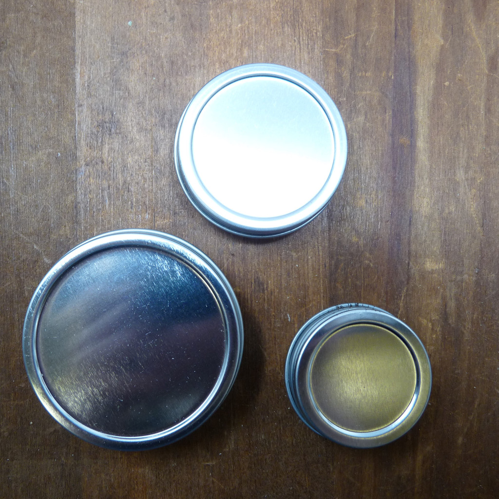 Tin with Screw-on Lid