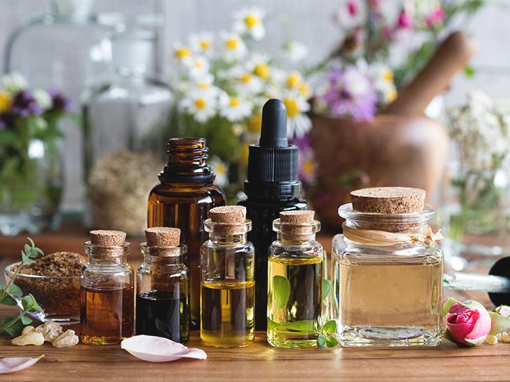 essential-oils-732x549-thumbnail.jpg