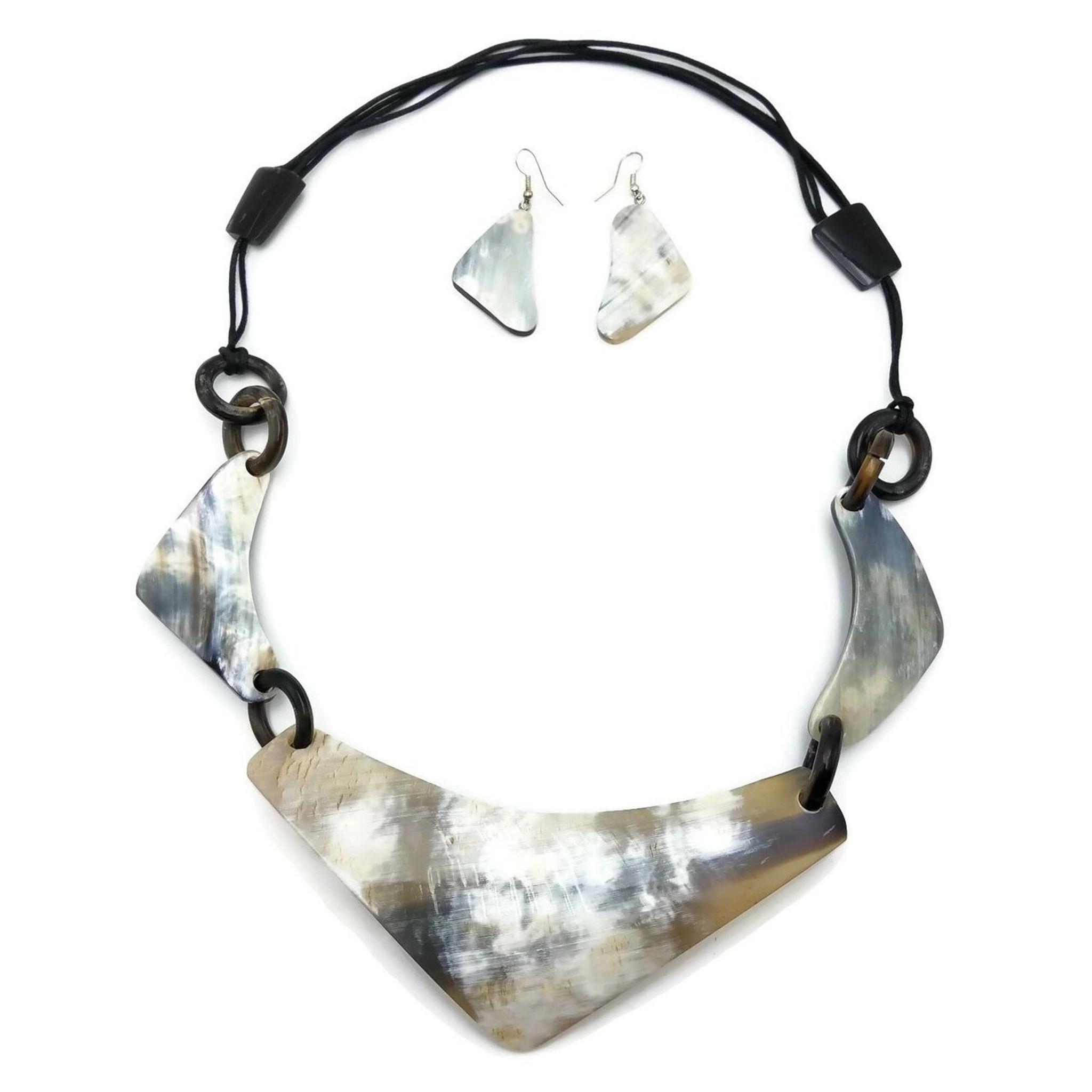 Buffalo Horn Necklace Set Pendants Handmade Neck Plate and Earring