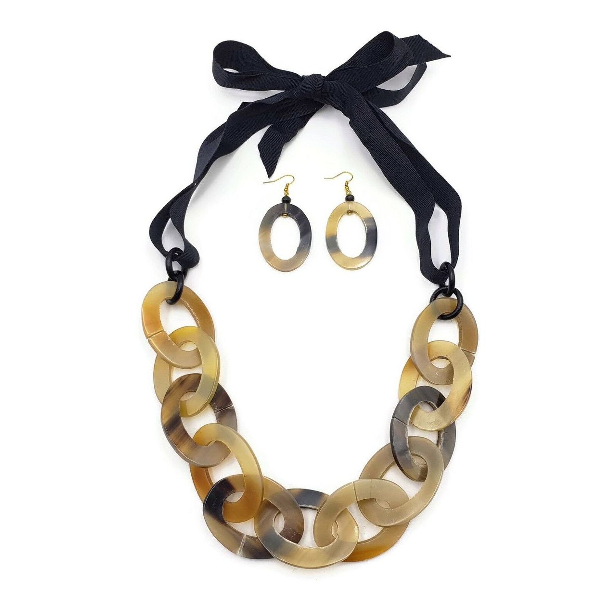 Iridessa Chunky Chain Genuine Buffalo Horn Ribbon Necklace with Matching Oval Hoop Earrings