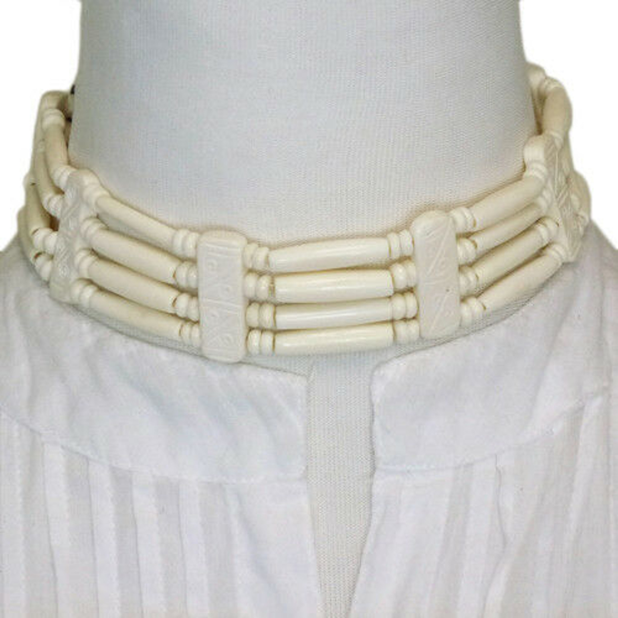 Dyani Native American Style White Buffalo Bone Hairpipe Choker Necklace