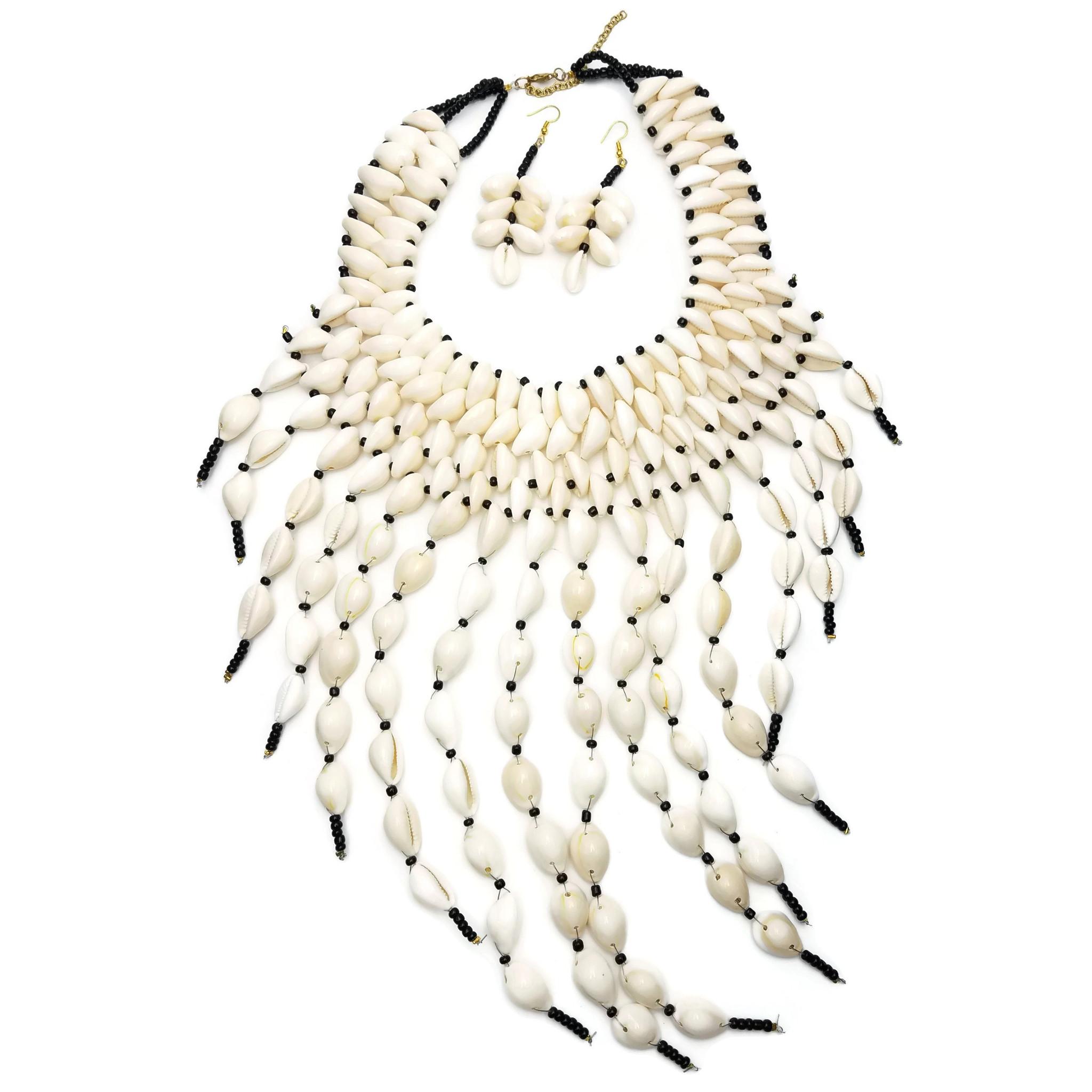 Vama Layered Chunky Cowrie Necklace set