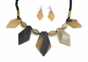 Waka Buffalo Horn Necklace and Earrings Set