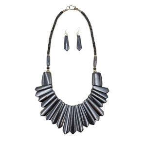 Tirah Bone Necklace Set with Earrings