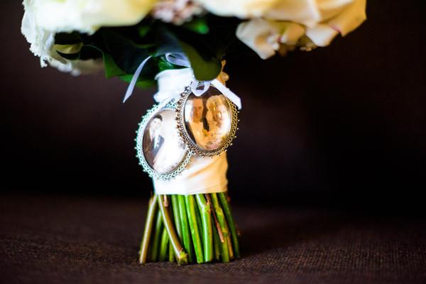 Bouquet Charm (Large Oval [Various colours]) - Chelsie Design