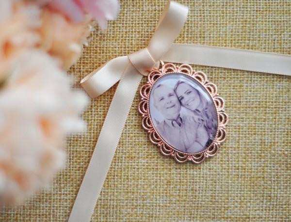 Bouquet Charm (Oval) in Rose Gold - Elsa Design