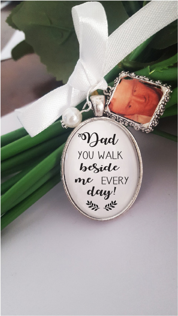 Bouquet Charm - Quote with DIY frame