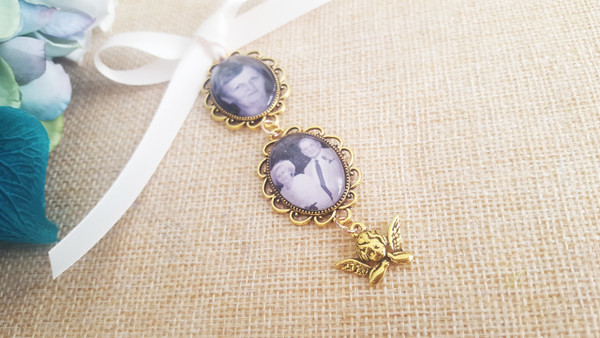 Bouquet Charm (Small Ovals x 2) in Antique Gold w/angel