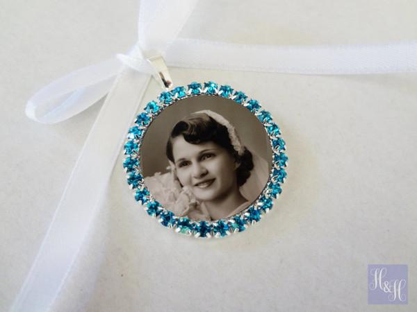 Bouquet Charm (Round w/ rhinestones BLUE) - Mary Design