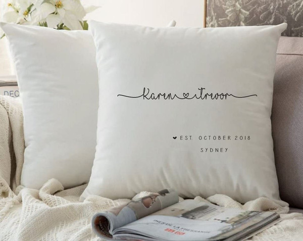 Couples Cushion Cover (Lorna Design)