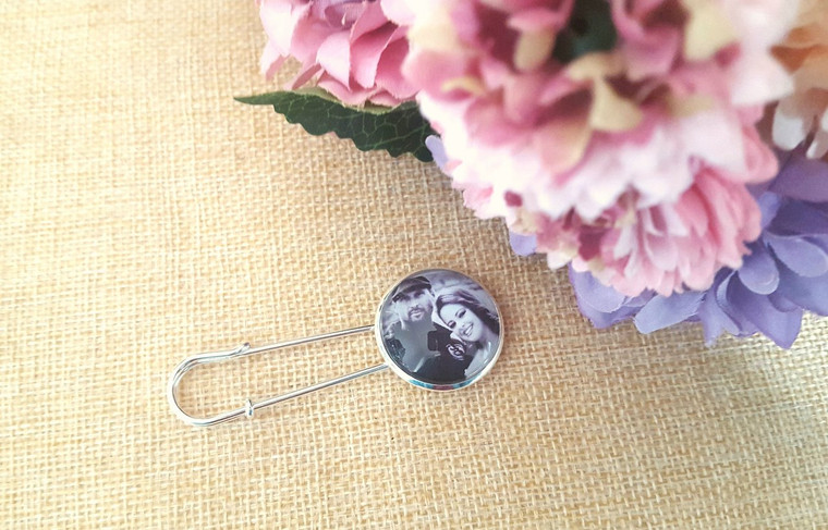 Bridal Pin (with your photo)